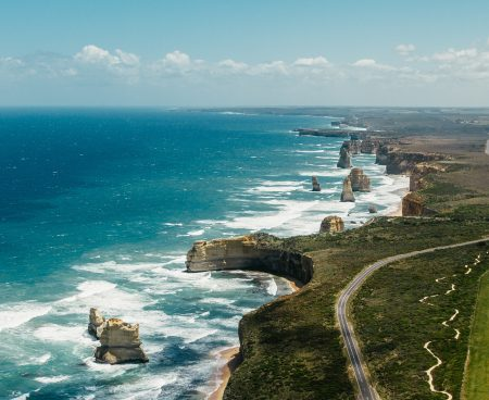 https://seeadelaideandbeyond.com.au/wp-content/uploads/2016/01/12-Apostles-top-view-g-450x368.jpg